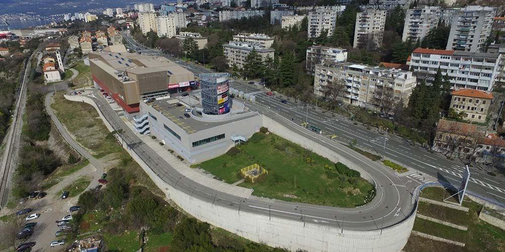 ZTC RIJEKA Western Shopping Center Rijeka (for short ZTC) is a modern shopping center located in the western part of Rijeka.